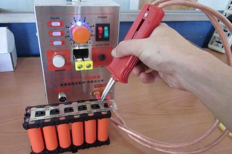 Точечная сварка для аккумуляторов 18650 своими руками