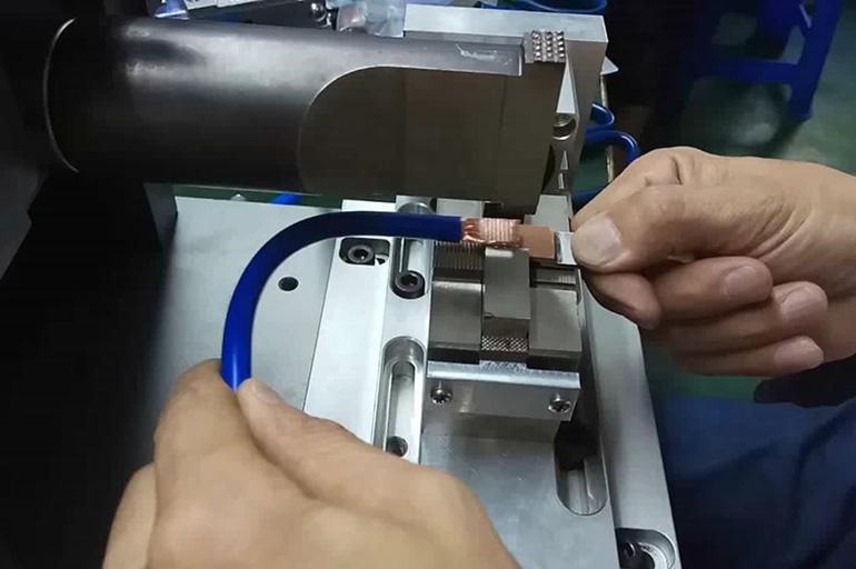 Процесс ультразвуковой сварки